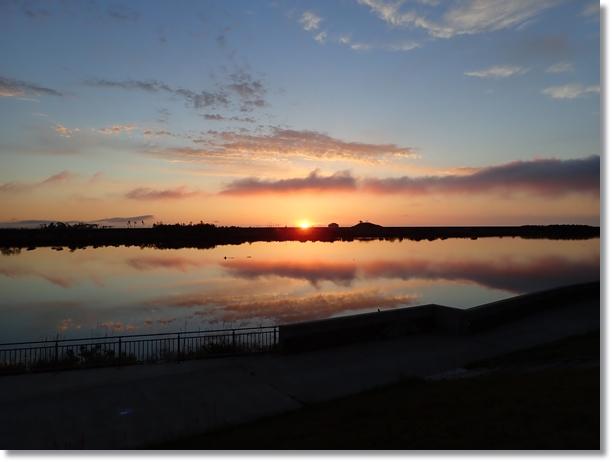 朝焼けの名取川