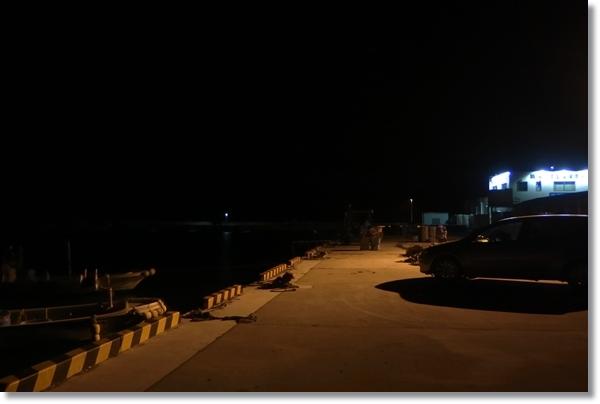夜の桃浦魚港